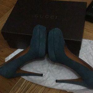 Gucci suede platform💕